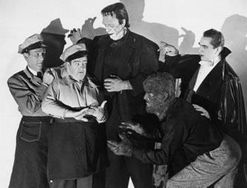Publicity still from Abbot and Costello Meet Frankenstein (1948)