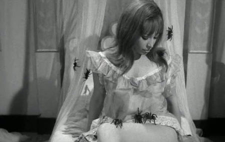 Still from This Night I'll Possess Your Corpse (1967)