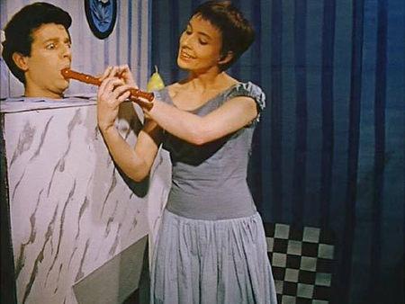 Still from La Cravate (1957)