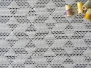 coton-tissé-graphique-noir-blanc-36bobines-3