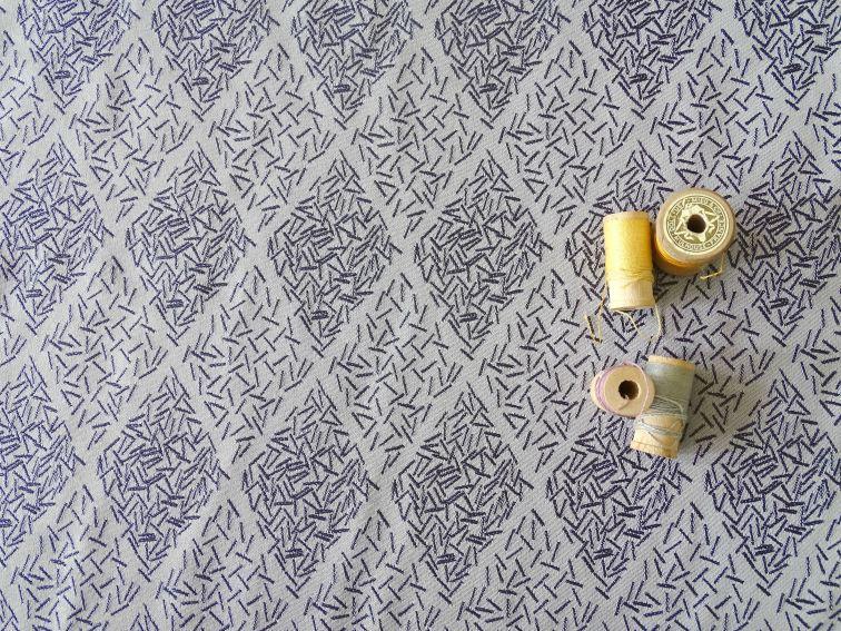 viscose-tissé-batonnets-blanc-bleu-36bobines-2