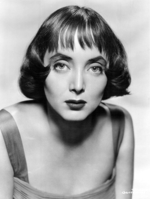 Remembering Carolyn Jones on her birthday  (April 28, 1930 – August 3, 1983)