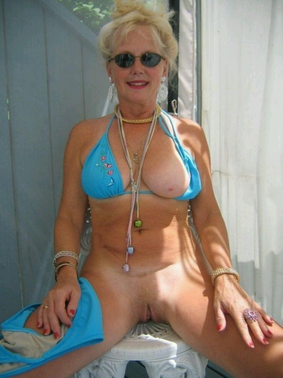 milf bikini tumblr