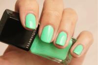 short nails on Tumblr