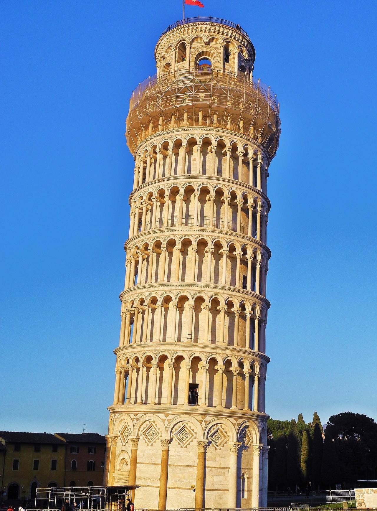 World Famous Monuments 7 Leaning Tower of Pisa  GO