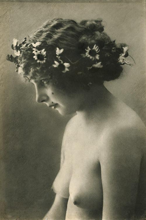 wickedknickers:  Jean-Marie Auradon  Faerie princess? Lovely breasts.