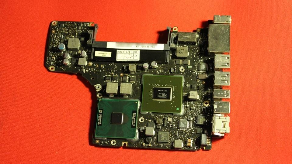 13 Inch MacBook Pro Core 2 Duo Logic Board