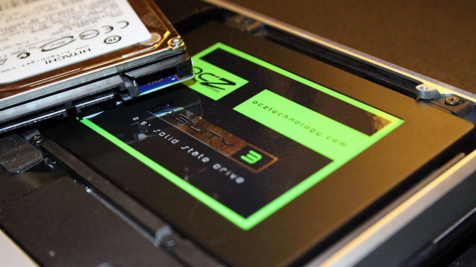 OCZ-Agility-3-SSD-in-MacBook-Pro