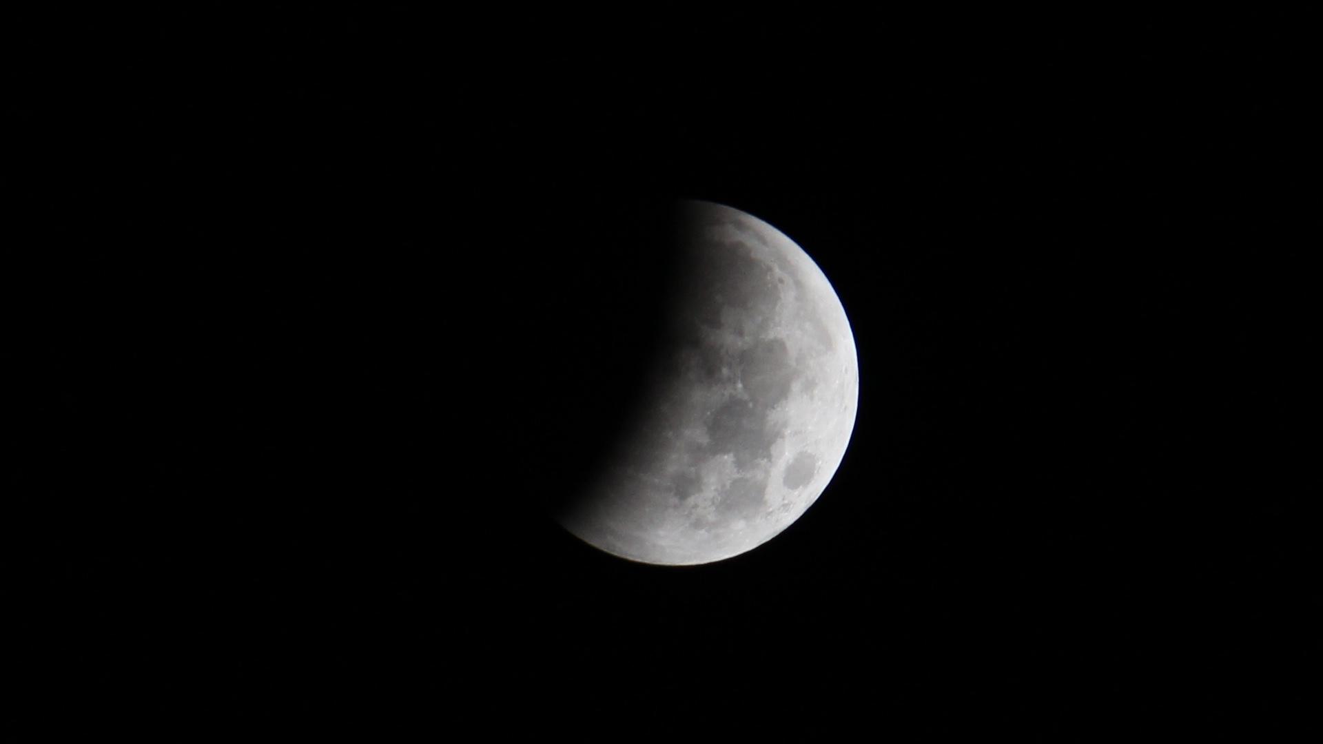 Lunar Eclipse 20141008 3