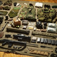 INVENTÁRIO DA GUERRA: TUDO QUE UM SOLDADO CARREGAVA DE 1066 ATÉ HOJE #Inventories of war: soldiers' kit from 1066 to 2014