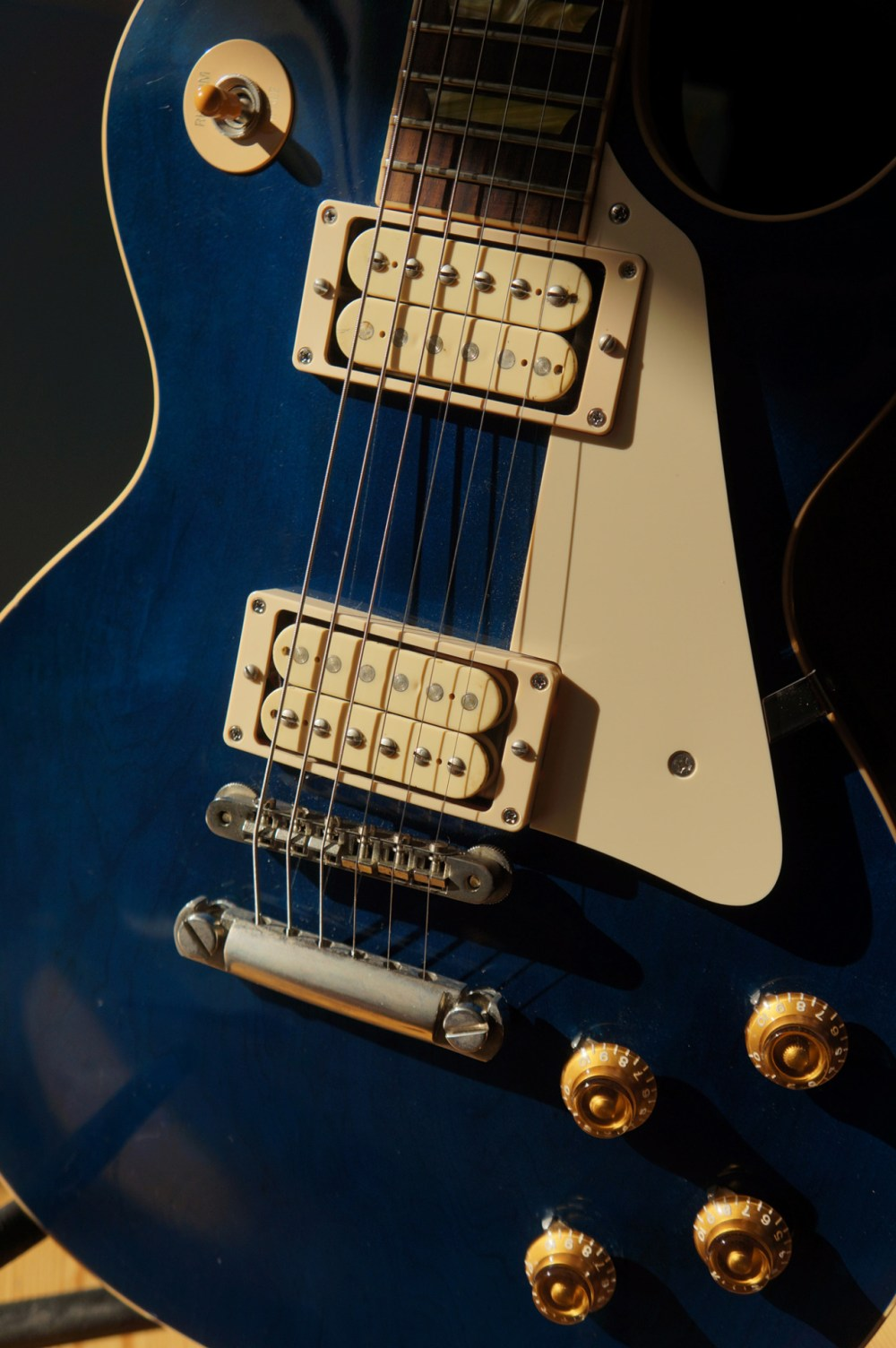 medium resolution of re post ngd questions 2001 les paul classic blue top