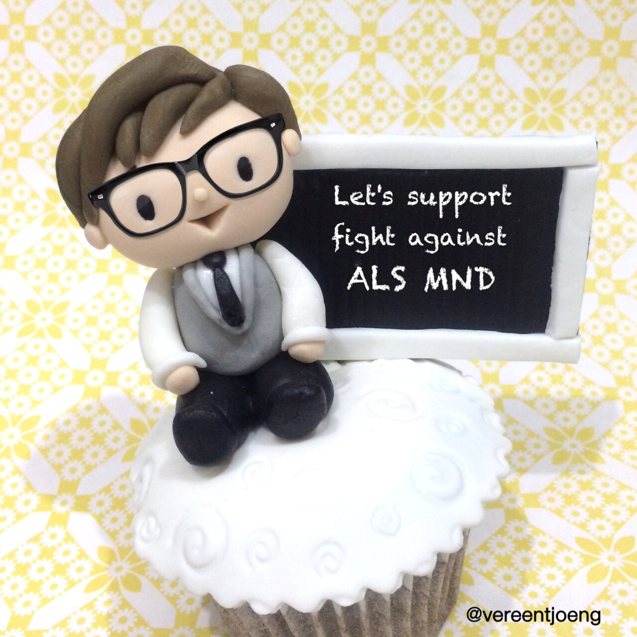sodelightfully:</p> <p>Let's celebrate Benedict's Birthday by support the fight against ALS MND, donate here http://web.alsa.org/site/TR?px=4109564&fr_id=10054&pg=personal#.U6Sq3XG9Kc0 :D</p> <p>awww :)