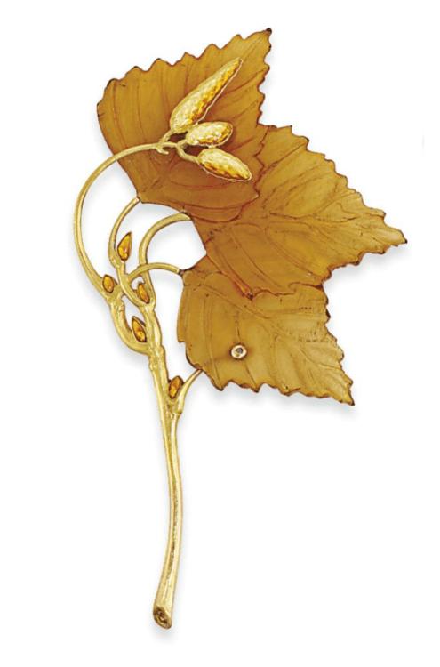 Leaf Brooch. Rene Lalique (1860 - 1945). Circa 1900. Gold, horn, enamel. 7.9cm long.