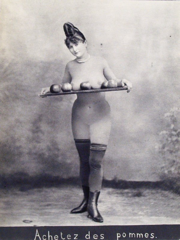 grandma-did:  turnofthecentury:  Achetez des Pommes Photogravure after albumen print. c1885  Looks like one got stuck in her hair.  Yes, I'll have an apple. Or two. I get to choose.
