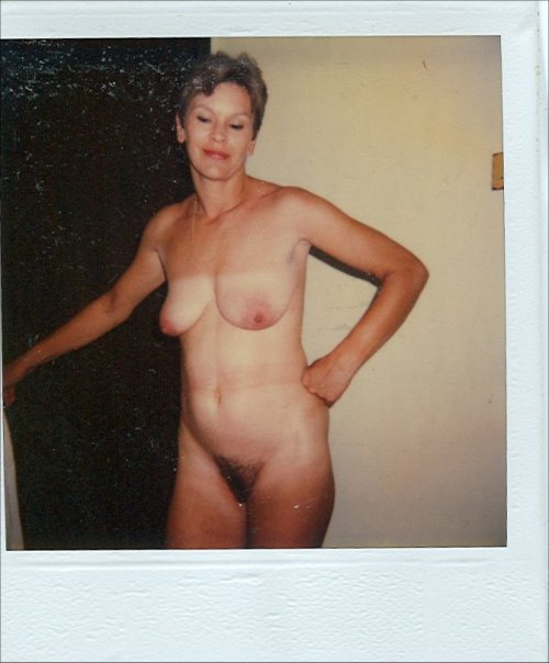 whiskeywill:  Donna  Polaroid of a lovely nude wife.