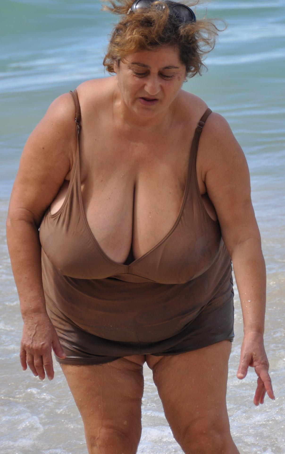 braless big tits tumblr