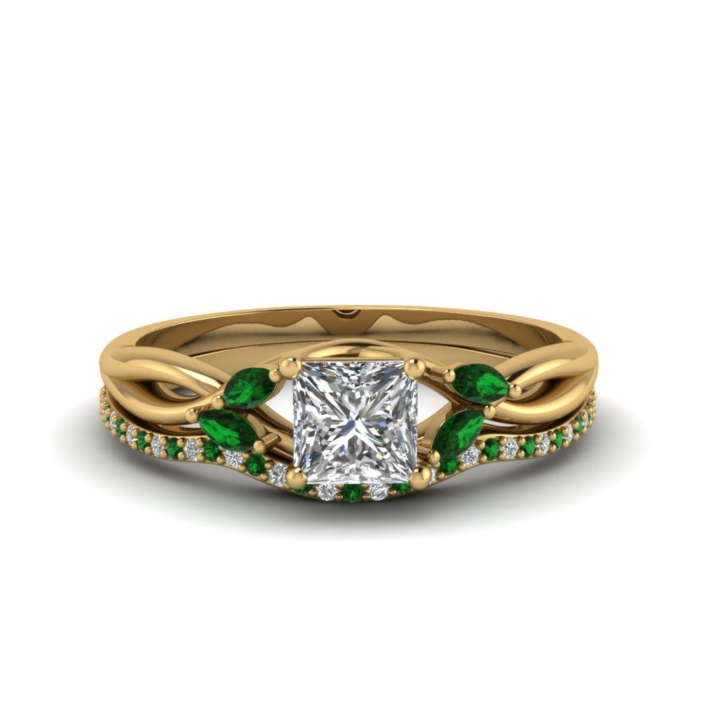 Princess Cut Twisted Diamond Bridal Set With Emerald In
