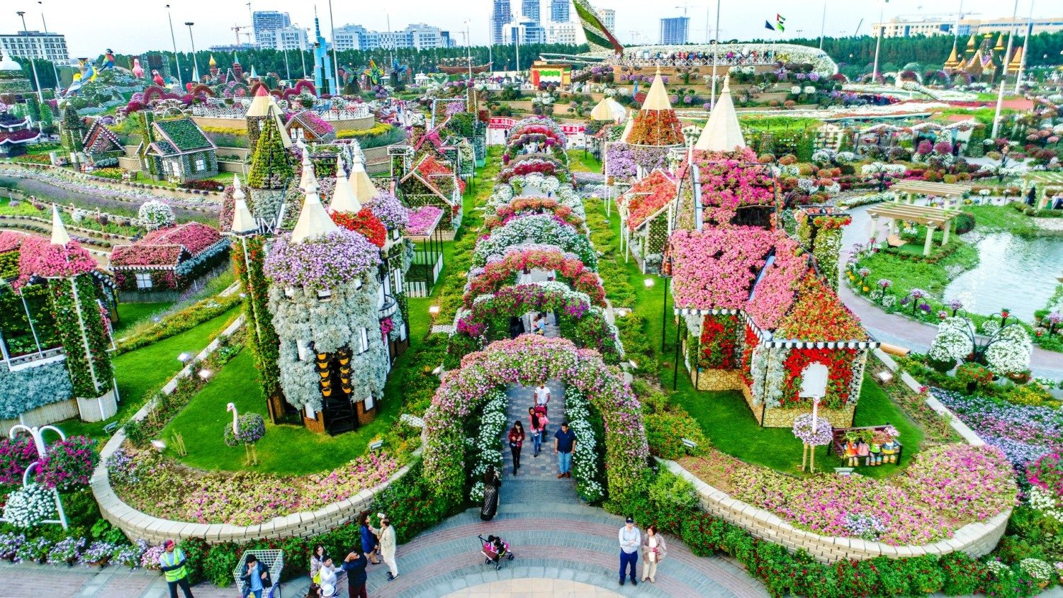 The Worlds Largest Flower Garden Is In A Very Unexpected