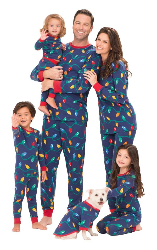Matching Family Pajamas For The Holidays Simplemost