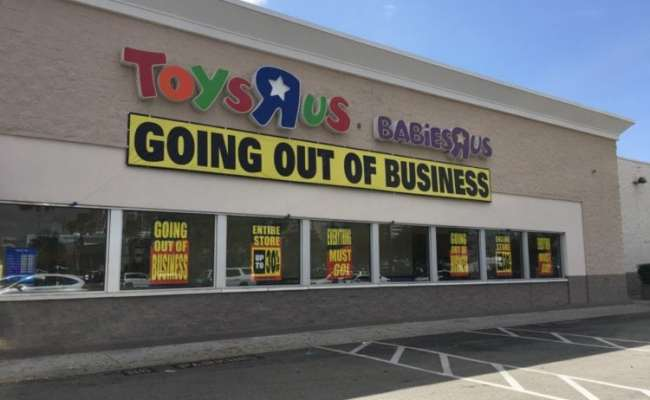 Toys R Us Stores Officially Closing This Week Simplemost