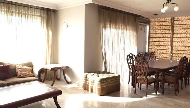 شقة فاخرة سوبر ديلوكس للإيجار / دير غبار