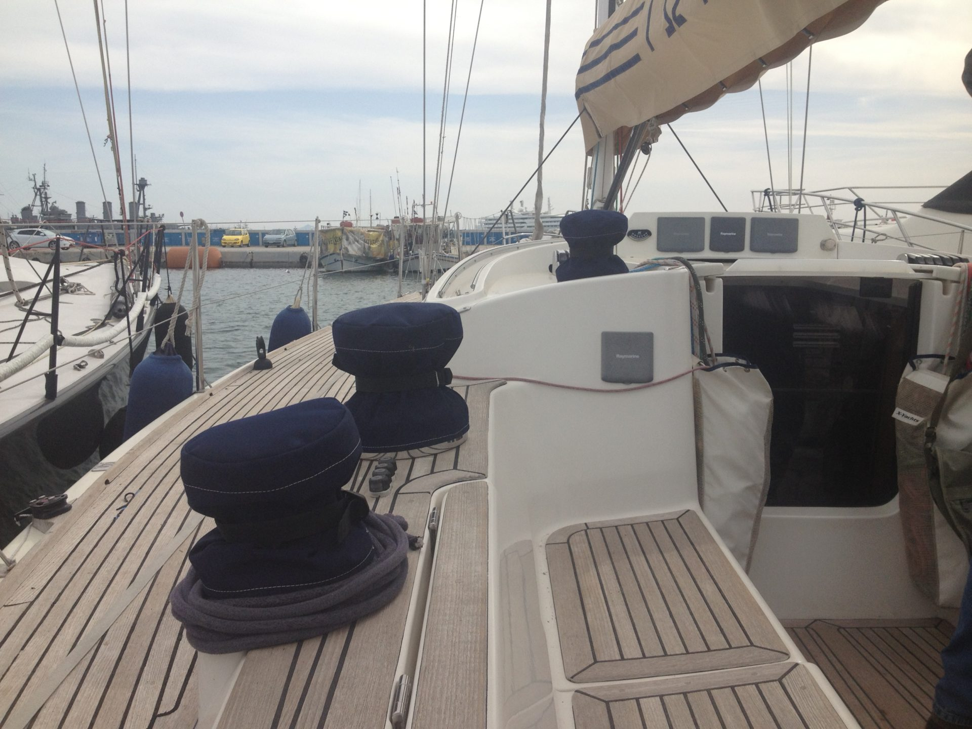 hight resolution of hull number 67 with carbon mast boom also available second aluminum mast and rigging very good condition