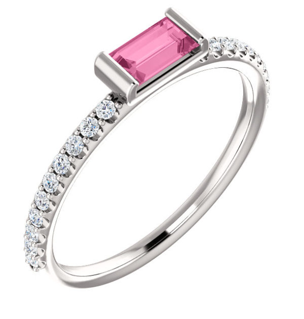 Baguette Pink Sapphire Engagement Ring (5×2.5mm)