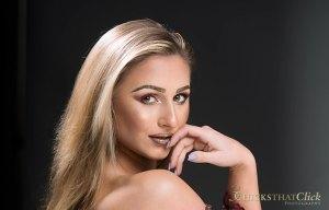Model make up artist Alexa
