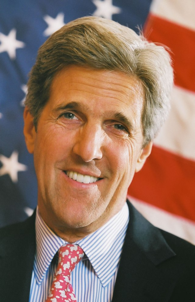 John_Kerry_headshot_with_US_flag