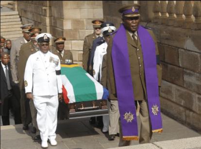 Mandela Lies In State2