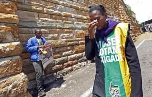Mandela Lies In State33