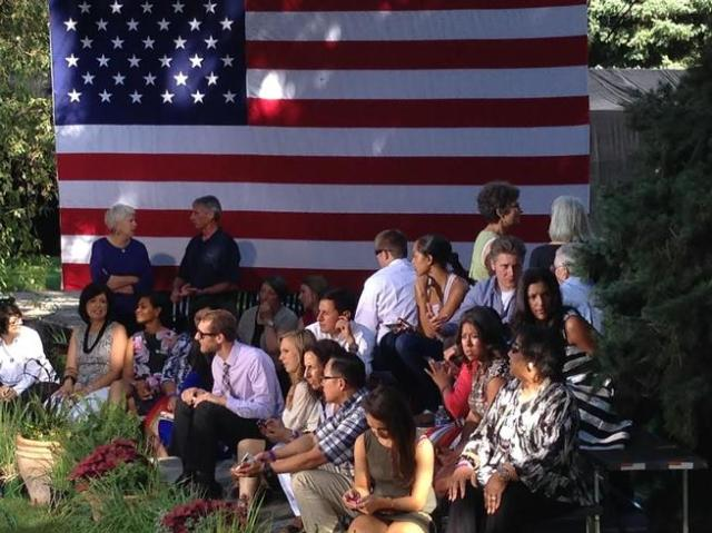 20140709__obama-waiting-cheesman-park~p1