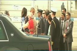 PM narendramodi greets Potus with a hug