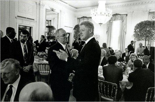 Bill Clinton and Preacher Wright Image6