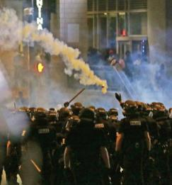 protests-in-charlotte-8