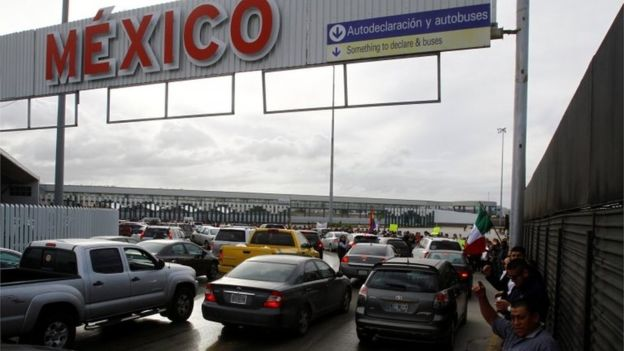el-chaparral-is-the-main-crossing-point-between-tijuana-and-san-diego