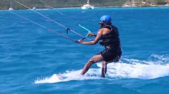 obama-kitesurfing-17