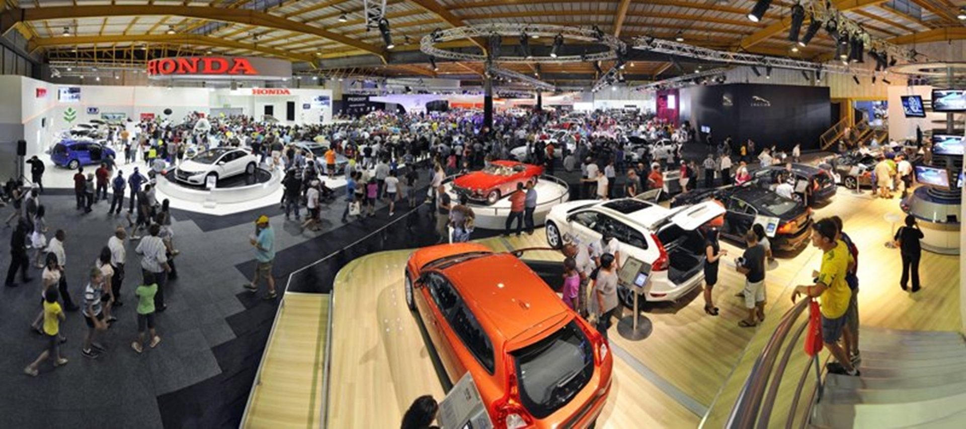 swing seat johannesburg chair gold coast motor show opens to the public