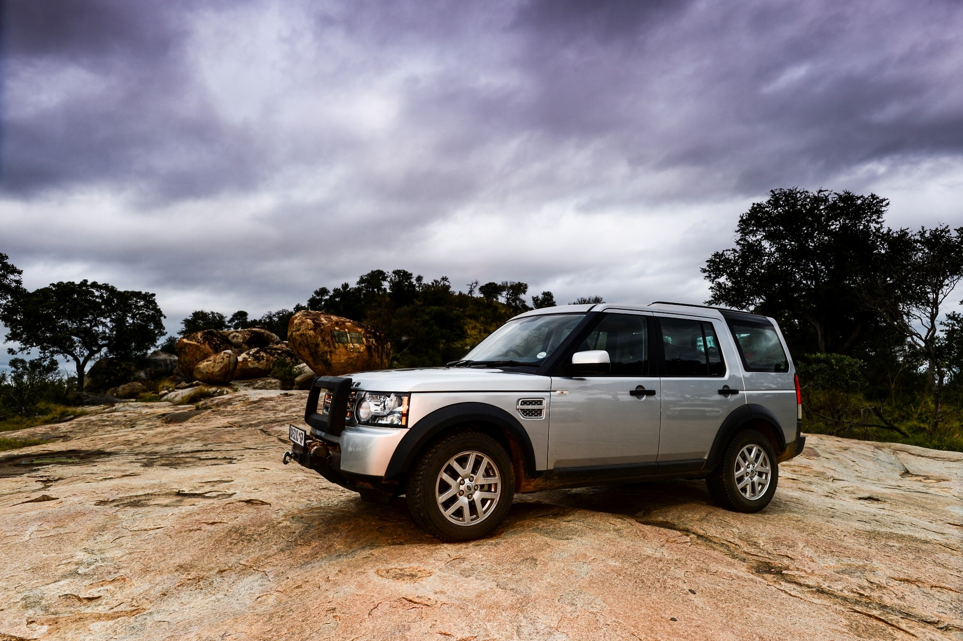 EXPEDITION READY LAND ROVER DISCOVERY 4