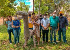 Pré -candidato ao governo do Acre Jenilson Leite dialoga com produtores e comerciantes de Capixaba