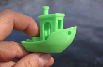 3D-printed_3DBenchy_by_Creative_Tools