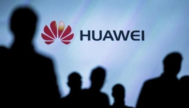 hu1 Huawei создала прототип складного смартфона с двумя дисплеями