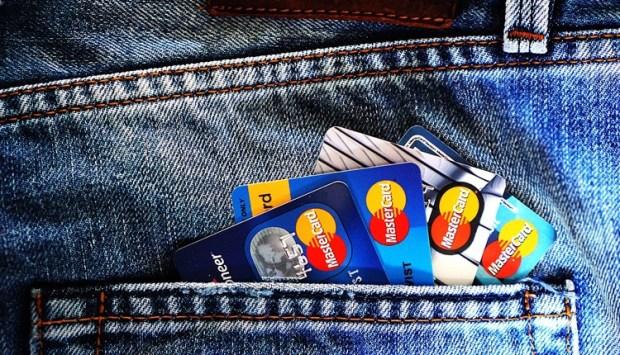 MasterCard опробует в России систему оплаты посредством селфи