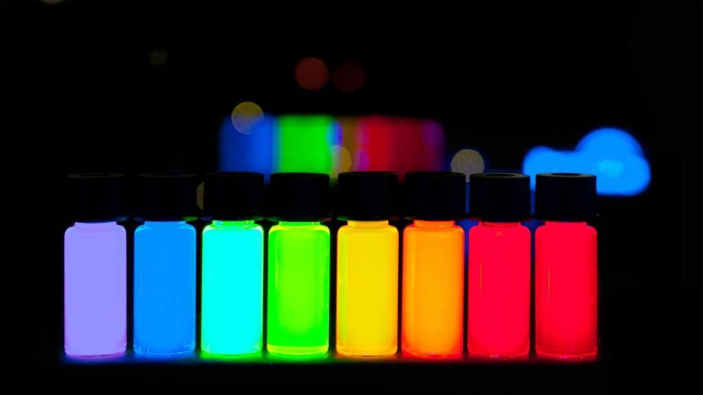 Quantum Dots Giving off Different Colored Light