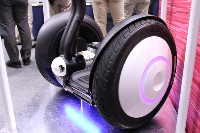 Showing custom lighting on wheels creating using 3D printing - image credit - it media incorporated