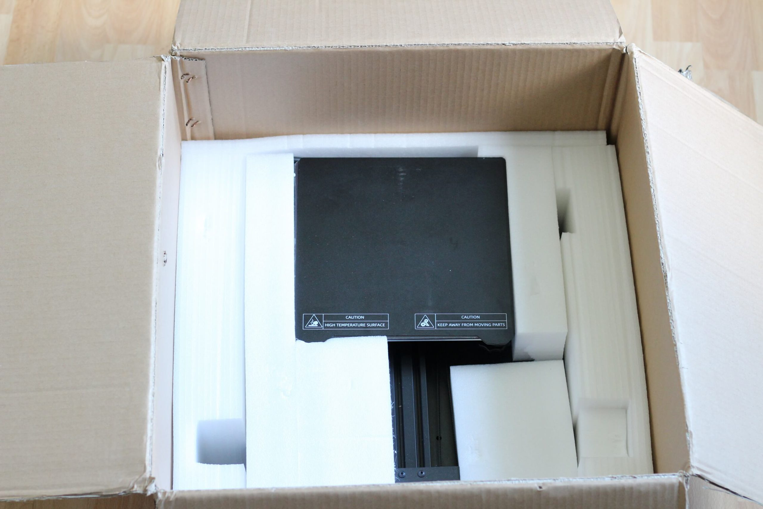 TronHoo-T220S-Packaging-1