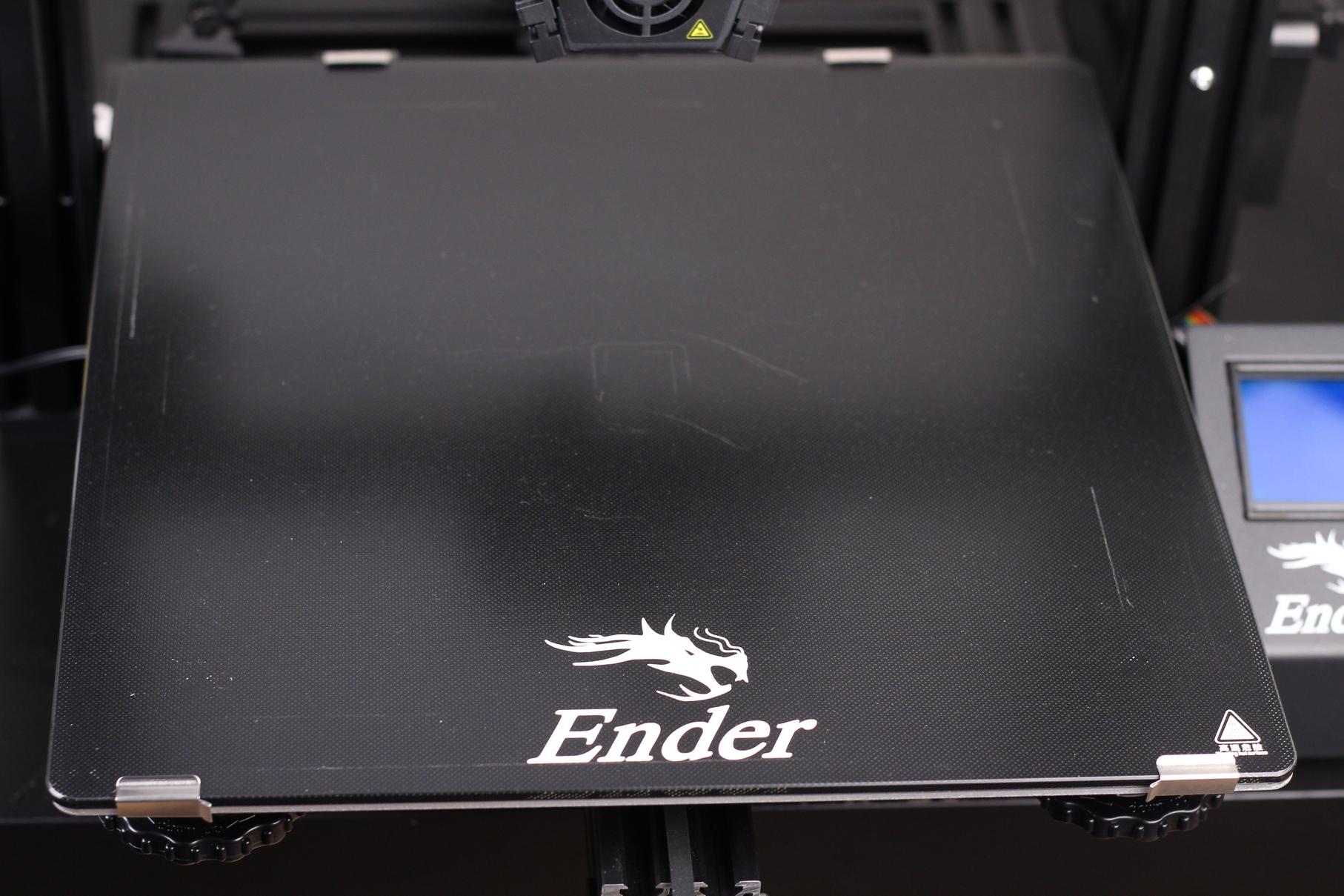 Ender-3-Max-Review-Carborundum-glass-print-surface-2