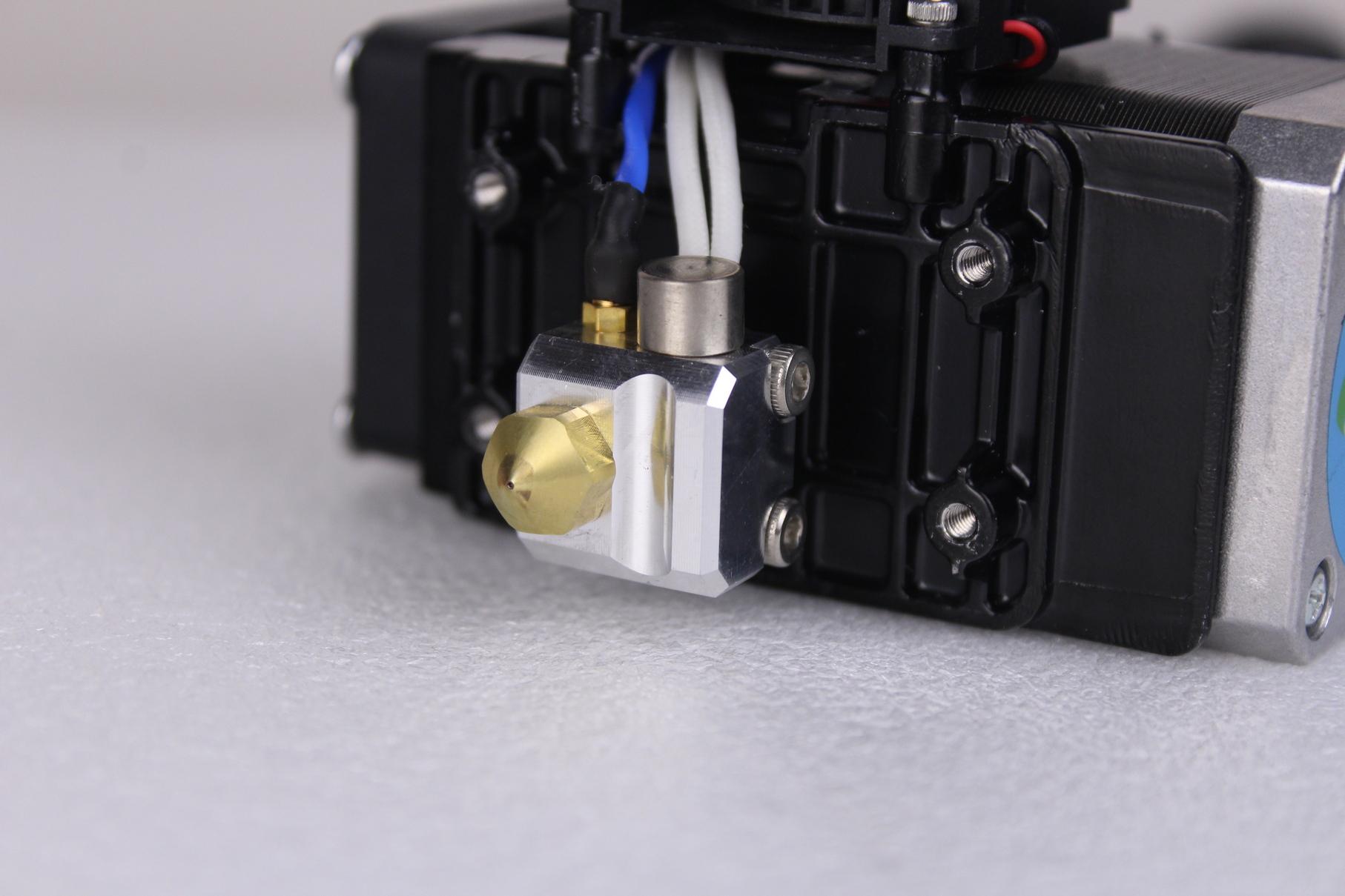 Flashforge-Creator-Pro-2-Direct-Drive-extruders-1