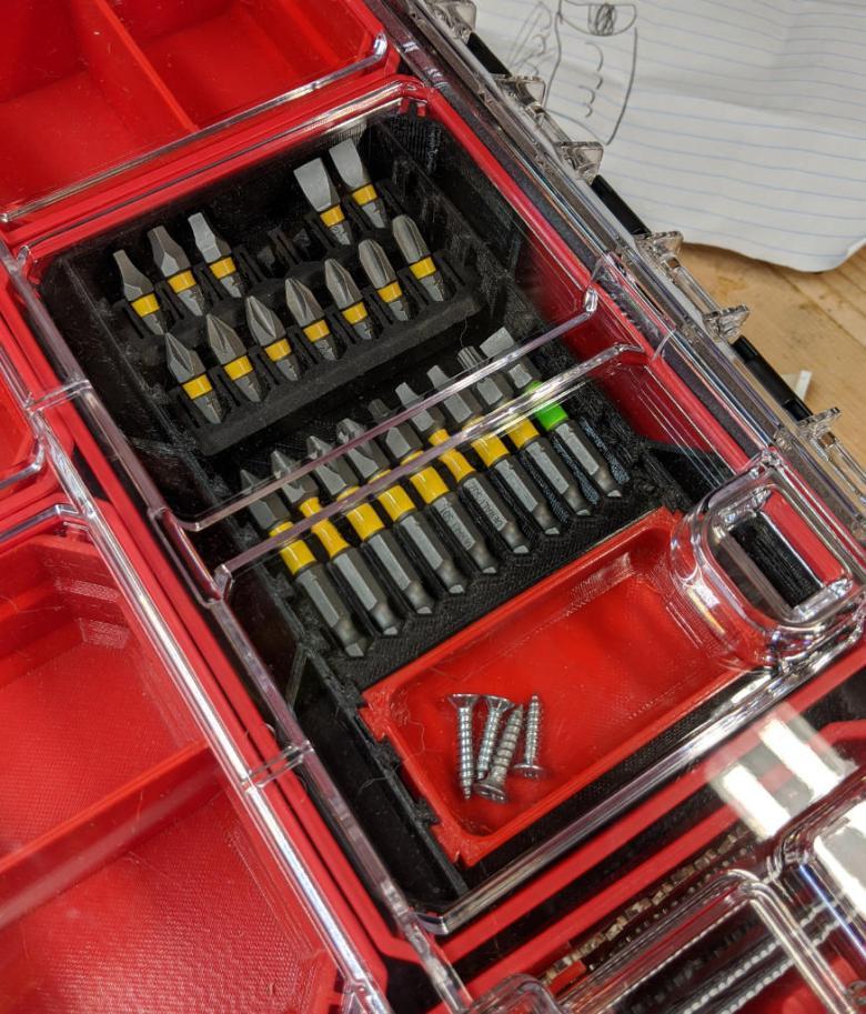 Dewalt ToughCase Small Parts Inserts in VersastackTray