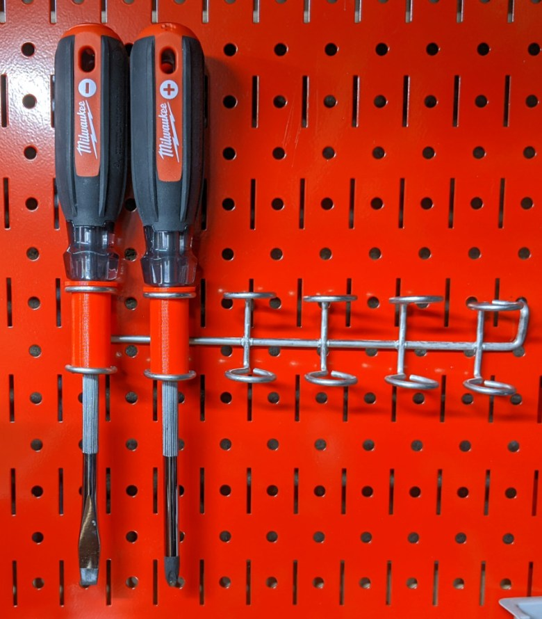 New Pegboard Double Ring Inserts Hanging